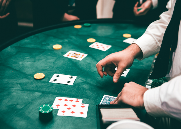5 Classes About Gambling You Should Be Taught Earlier Than You Hit 40